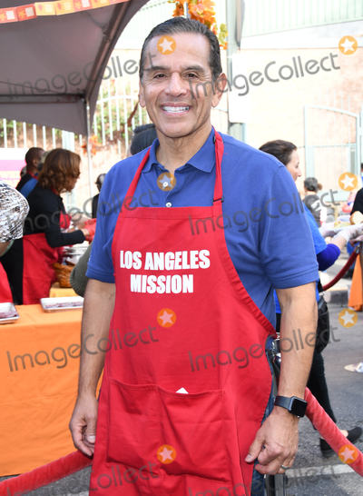 Antonio Villaraigosa Photo - 21 November 2018 - Los Angeles California - Antonio Villaraigosa 2018 LA Mission Thanksgiving held at LA Mission Photo Credit Birdie ThompsonAdMedia