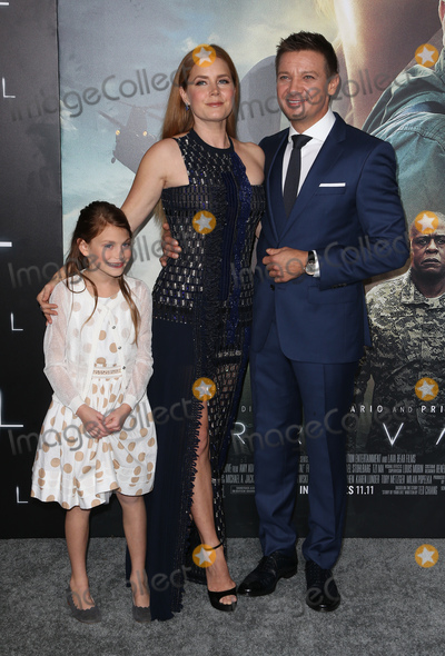 Abigail Pniowsky Photo - 06 November 2016 -  Westwood California - Abigail Pniowsky Amy Adams Jeremy Renner Premiere Of Paramount Pictures Arrival held at The Regency Village Theatre Photo Credit AdMedia