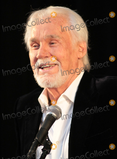 Kenny Rogers Photo - 10 April 2013 - Nashville Tennessee - Kenny Rogers The Country Music Association announced today that Bobby Bare Cowboy Jack Clement and Kenny Rogers will become the newest members of the revered Country Music Hall of Fame CMA created the Country Music Hall of Fame in 1961 to recognize noteworthy individuals for their outstanding contributions to the format with Country Musics highest honor Photo Credit Bev MoserAdMedia
