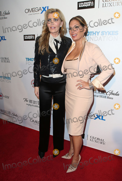 Alex Meneses Photo - 11 November 2017 - Beverly Hills California - Shawn King Alex Meneses AMT 2017 DREAM Gala held at Montage Beverly Hills Photo Credit F SadouAdMedia