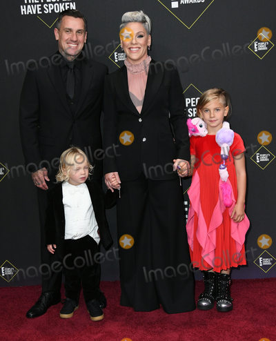 Carey Hart Photo - 10 November 2019 - Santa Monica California - Carey Hart Pink 2019 Peoples Choice Awards held at Barker Hangar Photo Credit Birdie ThompsonAdMedia