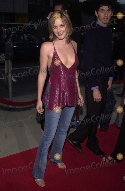 Alicia Silverstone Photo -  Alicia Silverstone at the premiere of 20th Century Foxs Moulin Rouge at the Academy of Motion Picture Arts and Sciences Beverly Hills 05-16-01