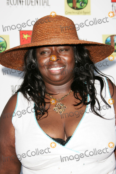 Angie Stone Photo - Angie Stoneat the 2nd annual Celebration for Childrens Rights Private  residence Beverly Ridge Terrace CA 06-11-05