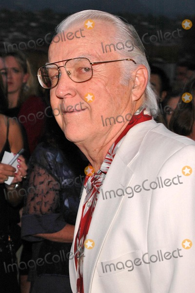 Anthony Zerbe Photo - Anthony Zerbe at the World Premiere of Finding Neverland for the Santa Barbara International Film Festival Fall Fundraiser at the Lobero Theatre Santa Barbara CA 10-01-04