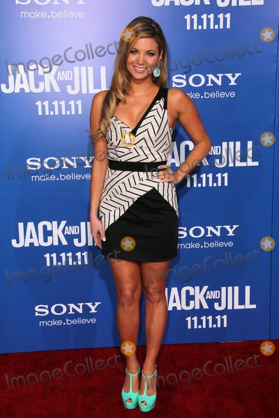 Amber Lancaster Photo - Amber Lancasterat the Jack and Jill World Premiere Village Theater Westwood CA 11-06-11