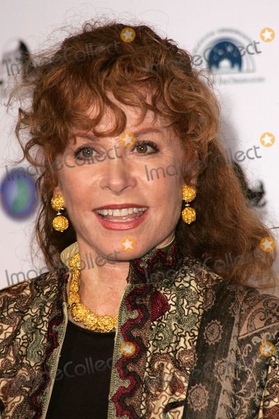 Stephanie Powers Photo - Stephanie Powersat the Griffith Observatory Re-Opening Galactic Gala Griffith Observatory Los Angeles CA 10-29-06