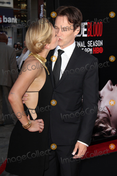 Anna Paquin Photo - Anna Paquin Stephen Moyerat the True Blood Season 7 Premiere TCL Chinese Theater Hollywood CA 06-17-14