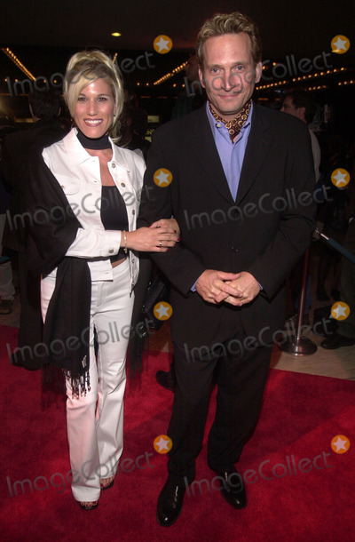 ABBA Photo - Courtney Schrag and Rex Smith at the premiere of MAMA MIA the musical based on the songs of ABBA Schubert Theater Century City 02-26-01