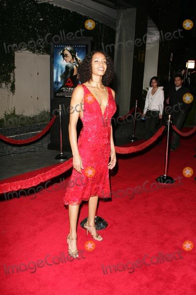 Betty Okino Photo - Betty Okinoat the world premiere of Aeon Flux Cinerama Dome Hollywood CA 12-01-05