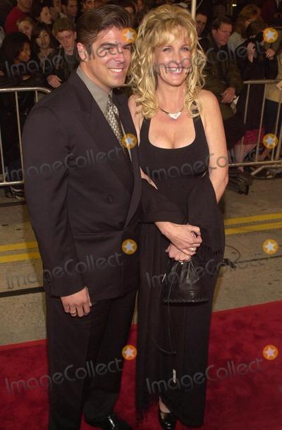 Erin Brockovich-Ellis Photo -  Eric Ellis and Erin Brockovich-Ellis at the premiere of Universals ERIN BROCKOVICH in Westwood 03-14-00