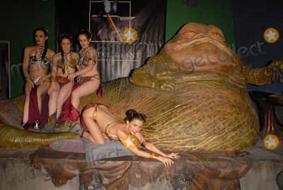 Shae Photo - Annisse Victoria Shae Strandefer and Alicia Ardenat the Slave Leia day tour and photo shoot with Jabba the Hutt featuring members of LeiasMetalBikinicom and CelebrityCosplaycom Gentle Giant Studios Burbank CA 07-16-10