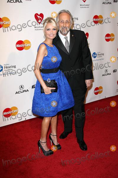 Neil Portnow Photo - Kristin Chenoweth and Neil Portnowat the MusiCares Tribute To Barbra Streisand Los Angeles Convention Center Los Angeles CA 02-11-11