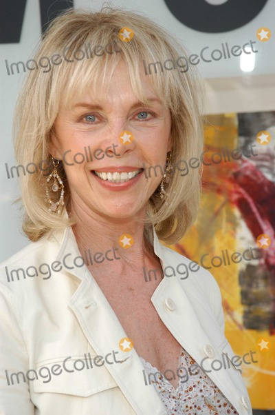 Elaine Joyce Photo - Elaine Joyce at The Gala Opening of Milton Katselas Spacial Motion -Monotypes Exhibit Gallery 258 Beverly Hills Ca 05-04-03