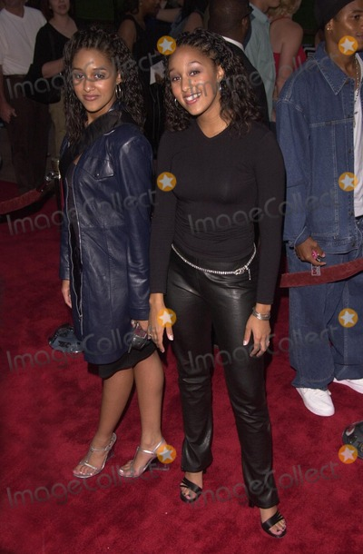 Tamera Mowry Photo -  Tia and Tamera Mowry at the premiere of Nutty Professor II in Universal City 07-24-00