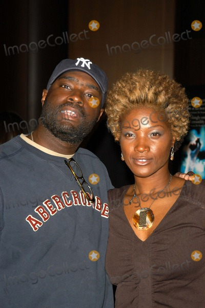Antwone Fisher Photo - Antwone Fisher and Yolanda Ross at a screening of Fox Searchlights The Good Thief at the Directors Guild of America Los Angeles CA 03-31-03
