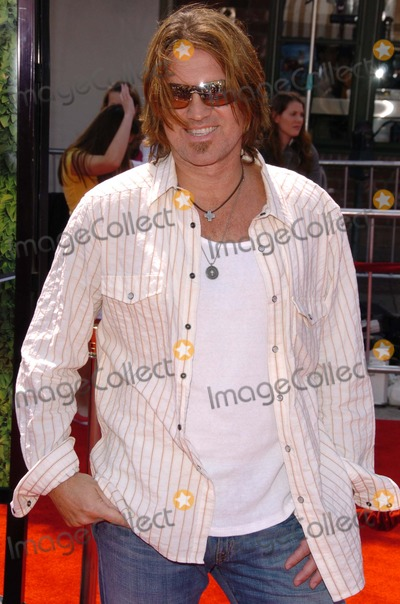 Billy Ray Cyrus Photo - Billy Ray Cyrusat the Los Angeles Premiere of Over The Hedge Mann Village Theatre Westwood CA 04-30-06