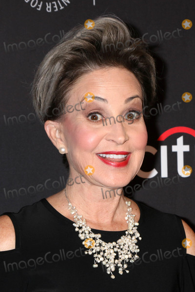 Annie Potts Photo - Annie Pottsat the 2018 PaleyFest Los Angeles - Big Bang Theory Young Sheldon Dolby Theater Hollywood CA 03-21-18