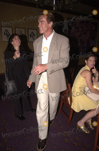 Arnold Schwarzenegger Photo -  Arnold Schwarzenegger at a celebrity baby shower to launch the pregnancy web site ThatGlowCom Beverly Hills 06-07-00