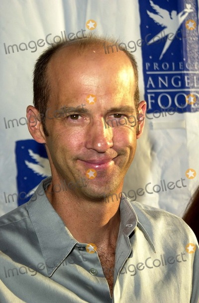 Anthony Edwards Photo - Anthony Edwards at the 10th Anniversary of Project Angel foods Angel Awards Project Angel Food Los Angeles CA 08-09-03