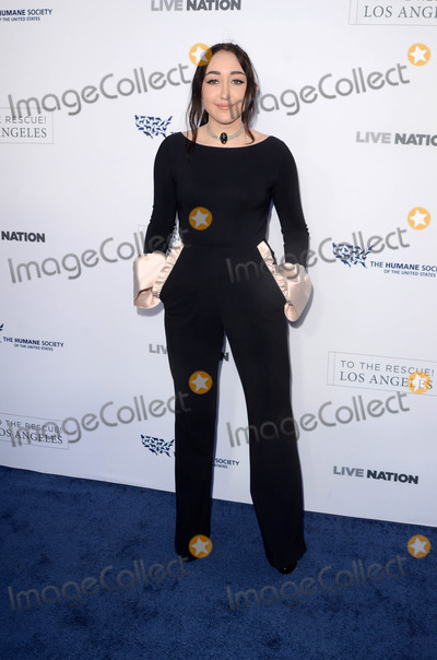 Noah Cyrus Photo - Noah Cyrusat the 2017 The Humane Society Gala Paramount Studios Los Angeles CA 04-22-17