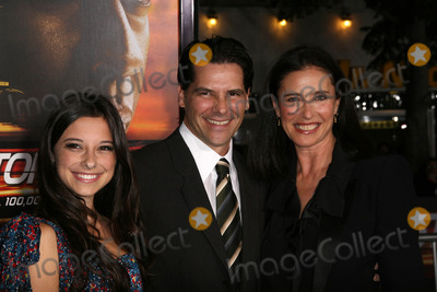 Chris Ciaffa Photo - Mimi Rogers Chris Ciaffa Daughter Lucyat the Unstoppable World Premiere Village Theater Westwood CA 10-26-10