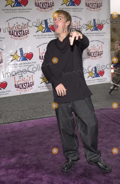 Aaron Carter Photo - Aaron Carter at the 2001 Bogart Backstage concert gala fundraiser for the Neil Bogart Memorial Fund Barker Hanger Santa Monica 11-11-01