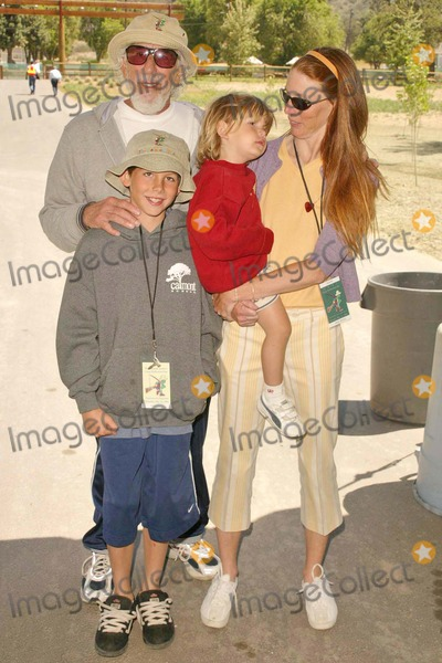 Page Hannah Photo - Lou Adler Page Hannah and their children at the Dedication of The Painted Turtle Camp at Lake Hughes CA 05-22-04