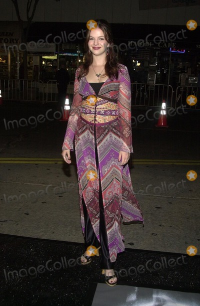 Amber Tamblyn Photo - Amber Tamblyn at the premiere of Dreamworks The Ring at Mann Bruin Theater Westwood CA 10-09-02