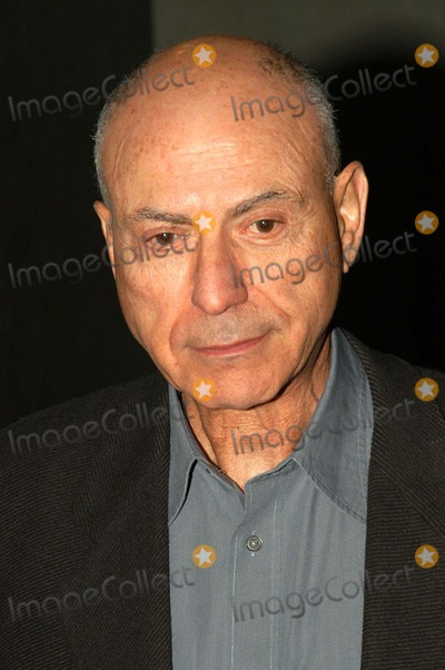 Alan Arkin Photo - Alan Arkin at the premiere of FX Networks The Pentagon Papers at