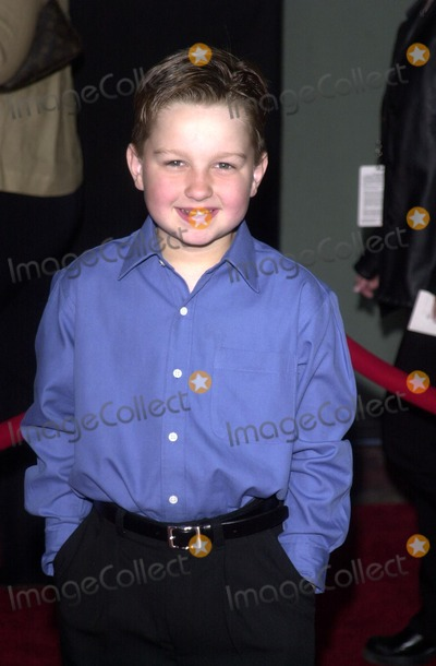 Angus T Jones Photo - Angus T Jones at the Touchstone Pictures Premiere of Bringing Down the House El Capitan Theatre Hollywood CA 03-02-03