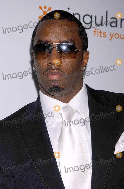 Diddy Combs Photo - Sean P Diddy Combs at the Rock The Vote Awards Hollywood Palladium Hollywood CA 02-07-04