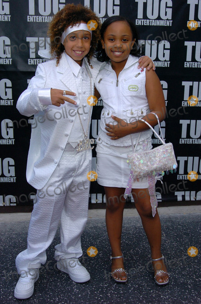 Dee Dee Davis Photo - Little C and Dee Dee Davisat the TUG  Universal Present the Ultimate All White Listening Party Ricardo Montalban Theatre Hollywood CA 05-06-05