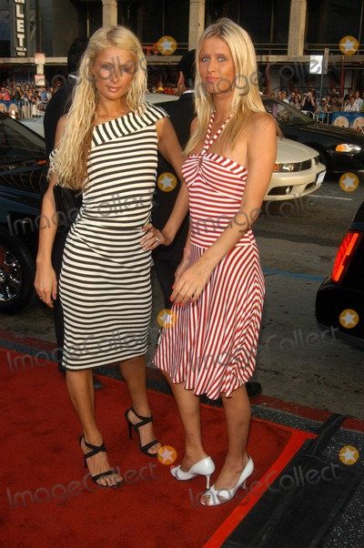 Nicky Hilton Photo - Paris Hilton and Nicky Hilton at the premiere of Warner Bros Alex  Emma at the Chinese Theater Hollywood CA 06-16-03