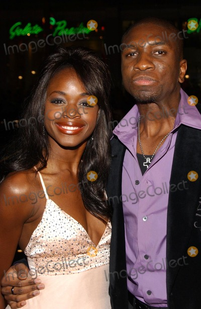Adetokumboh MCormack Photo - Nzinga Blake and Adetokumboh MCormackat the premiere of Blood Diamond Graumans Chinese Theatre Hollywood CA 12-06-06