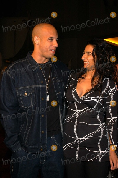 Alice Amter Photo - Vin Diesel and Alice Amter at the premiere of A Man Apart at Manns Chinese Theater Hollywood CA 04-01-03