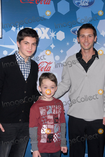 Justin Berfield Photo - Benjamin Stockham Matthew Levy and Justin Berfield at Foxs American Idol Top 12 Finalists Party Industry West Hollywood CA 03-11-10