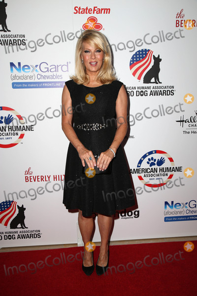 Barbara Niven Photo - Barbara Nivenat the 5th Annual American Humane Association Hero Dog Awards Beverly Hilton Beverly Hills CA 09-19-15