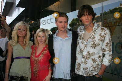 Jared Padalecki Photo - Paris Hilton Elisha Cuthbert Chad Michael Murray and Jared Padaleckiat a House of Wax Party at Kitson Beverly Hills CA 04-21-05