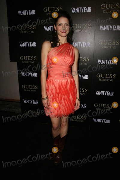 Ali Cobrin Photo - Ali Cobrinat the Worldwide Launch of GUESS Seductive Fragrance The Colony Hollywood CA 09-29-10