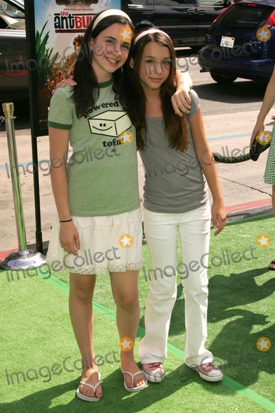 Anne Nelson Photo - Hailey Anne Nelson and Hannah Marksat the premiere of The Ant Bully Graumans Chinese Theatre Hollywood CA 07-23-06