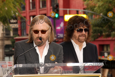 Jeff Lynne Photo - Tom Petty Jeff Lynneat the Jeff Lynne Star on the Hollywood Walk of Fame Hollywood CA 04-23-15