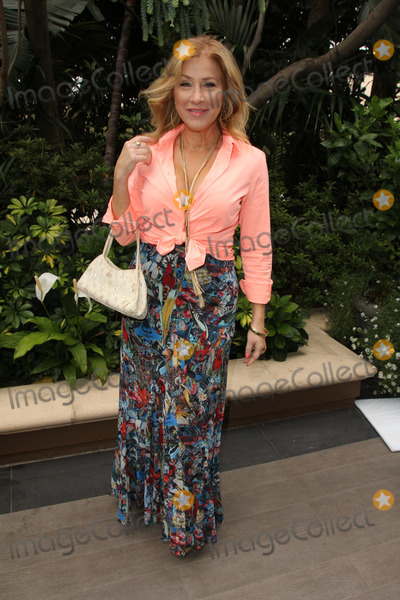 Ann Walters Photo - Lisa Ann Walterat the Annual Mothers Day Luncheon Four Seasons Hotel Los Angeles CA 05-06-15