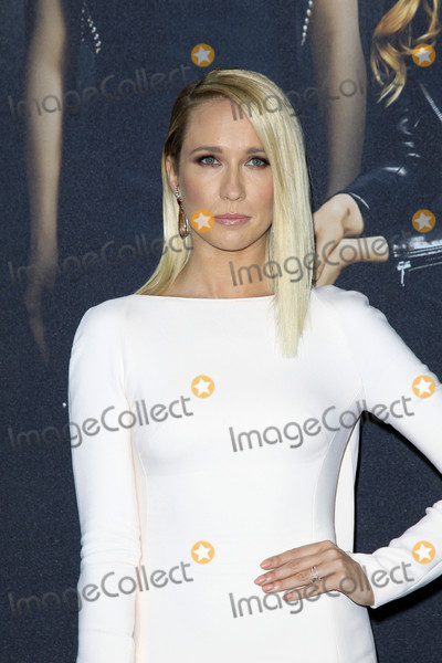 Anna Camp Photo - Anna Campat the Pitch Perfect 3 Premiere Dolby Theater Hollywood CA 12-12-17