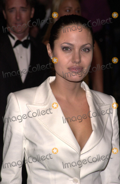 Angelina Jolie Photo -  ANGELINA JOLIE at the Vanity Fair Oscar Party Mortons West Hollywood 03-25-01