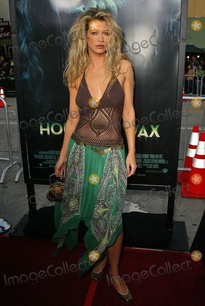 Amber Smith Photo - Amber Smithat the premiere of Warner Bros House of Wax at Mann Village Theater Westwood CA 04-26-05