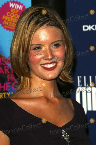 Maggie Grace Photo - Maggie Grace at the ELLEgirl Holiday Issue Celebration Orange County Museum of Art Newport Beach CA 12-06-03