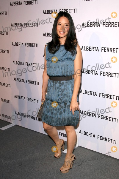 Alberta Ferretti Photo - Lucy Liu at the Opening of the Alberta Ferretti Flagship Store on Melrose hosted by Vogue Alberta Ferretti Los Angeles CA 11-12-08