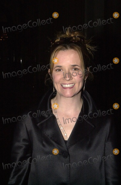 Lea Thompson Photo -  Lea Thompson at A Night At Sardis benefitting Alzheimers Research Beverly Hills 03-01-00
