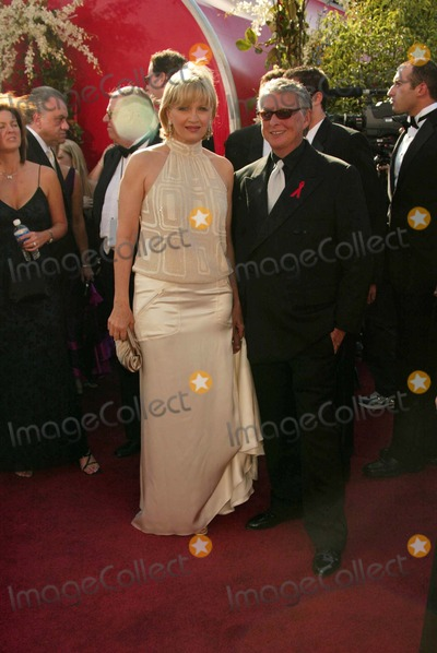 Diane Sawyer Photo - Diane Sawyer and Mike Nichols at the 56 Annual Primetime Emmy Awards at The Shrine Auditorium Los Angeles CA 09-19-04
