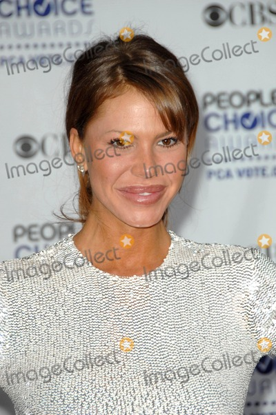 Nikki Cox Photo - Nikki Cox at the 35th Annual Peoples Choice Awards Shrine Auditorium Los Angeles CA 01-07-09